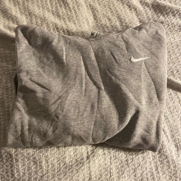 Nike hoodie, small
